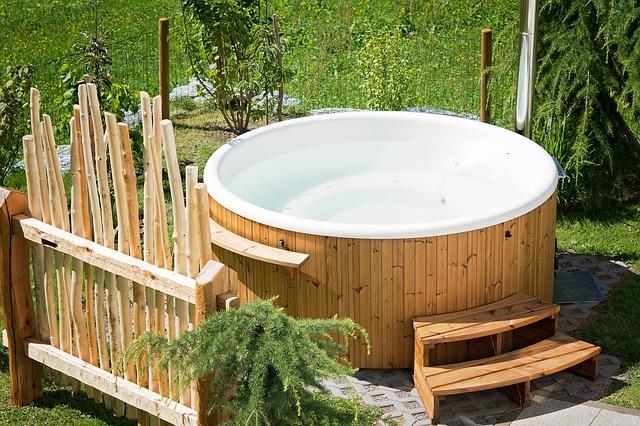 Hot tub houtgestookt: uw eigen wellness in de tuin